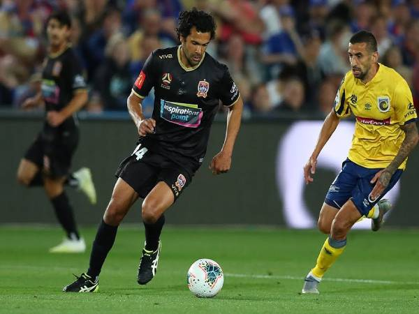 nhan-dinh-newcastle-jets-vs-central-coast-mariners-15h05-ngay-31-12
