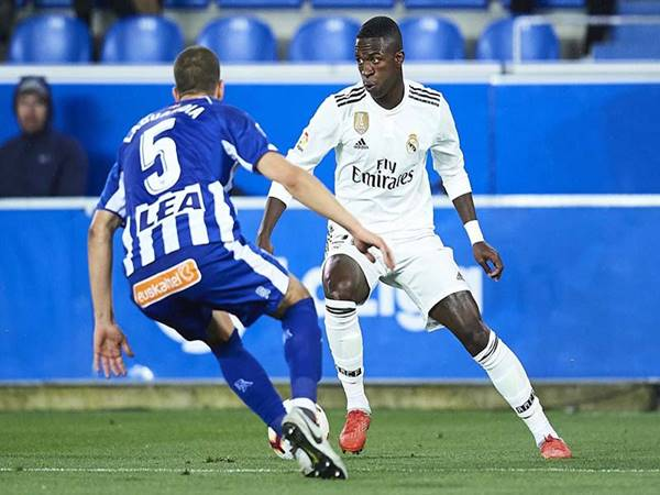Dự đoán kèo Châu Á Alaves vs Real Madrid (3h00 ngày 15/8)